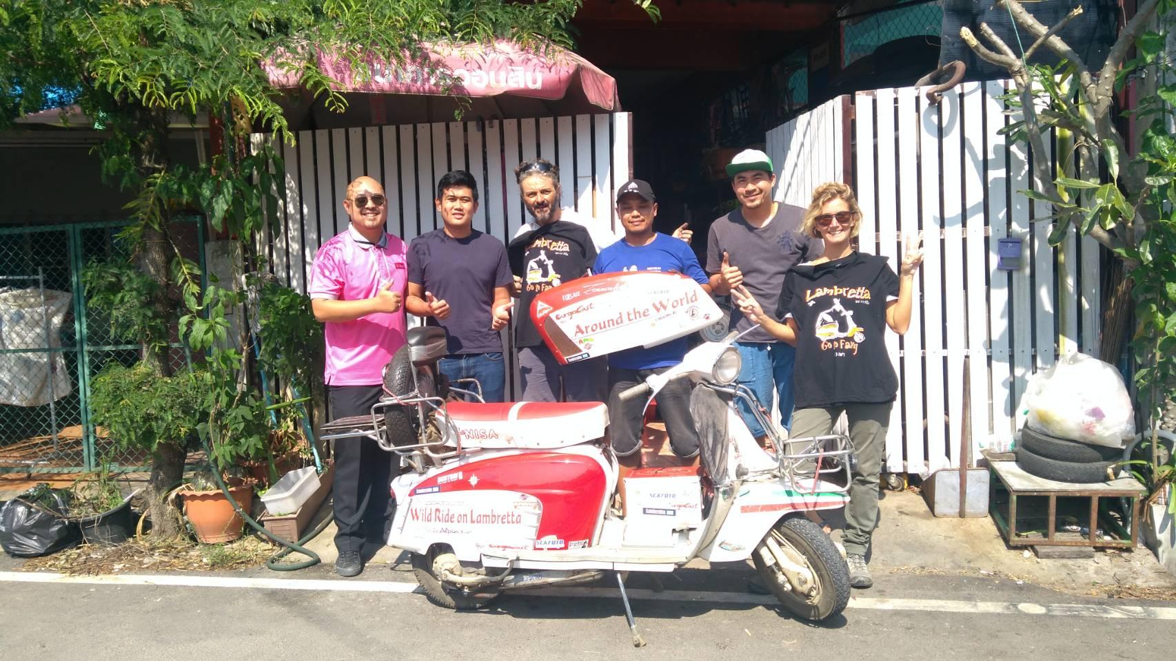 Breve passaggio in  Thailandia